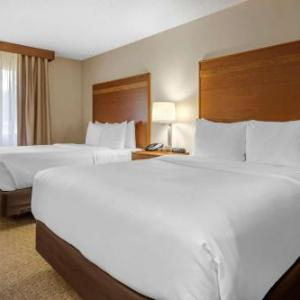 West Holmes High School Hotels - Comfort Inn Millersburg
