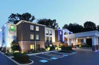 Holiday Inn Express Hotel & Suites West Chester Image