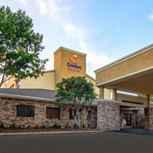 Escapade Plaza Dallas Hotels - Holiday Inn Express Hotel & Suites Dallas/Stemmons Fwy(I-35 E)