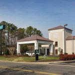 Accommodation near St Paul's Baptist Church Richmond - Comfort Inn Richmond Airport