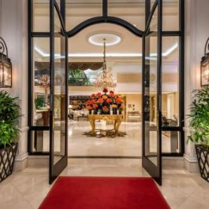 Hotels near Sinai Temple Los Angeles - Beverly Hills Plaza Hotel