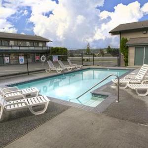 Suquamish Clearwater Casino Resort Hotels - Poulsbo Inn & Suites