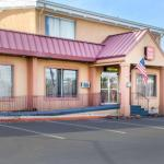 Accommodation near York Expo Center - Econo Lodge York