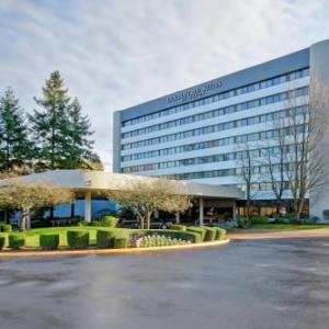 Hotels near ACME Bowl - Doubletree Guest Suites Seattle-Southcenter