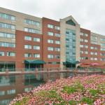 Hollywood Casino Amphitheatre Hotels - Holiday Inn Express St. Louis Airport
