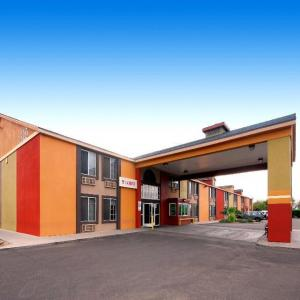 Bostons Hotels - A Victory Inn - Tolleson/West Valley