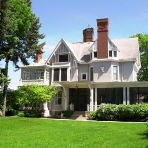 Alexander Mansion Historic Bed And Breakfast - Adult Only