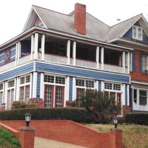 2439 Fairfield 'A Bed And Breakfast' - Adult Only