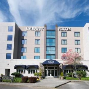 Olympicview Arena Hotels - Embassy Suites Hotel Seattle-North/Lynnwood