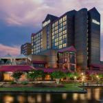 Hotels near PNC Music Pavilion - Hilton Charlotte University Place