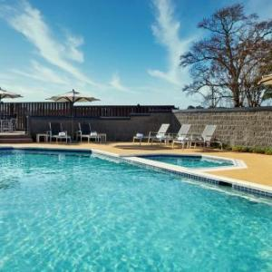 Colonial Downs Hotels - The Richmond Airport Hotel