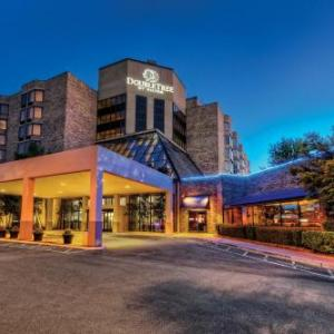 Hotels near Live At the Garden Memphis - Doubletree Hotel Memphis