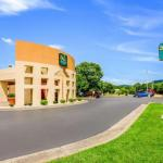 Salem Civic Center Accommodation - Quality Inn Roanoke Airport