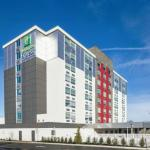 Hotels near Greater Richmond Convention Center - Holiday Inn Richmond-I-64 West End