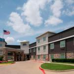 Accommodation near AT&T Stadium - Holiday Inn Express And Suites-Six Flags Area