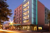 Hyatt Place Chicago-South/University Medical Center Image