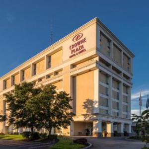 Hotels near Upper St. Clair Theater - Crowne Plaza Hotel Pittsburgh South