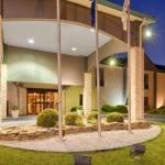 Best Western Plus South Hill Inn
