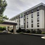 Accommodation near St Paul's Baptist Church Richmond - Holiday Inn Express Richmond-Mechanicsville