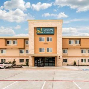 Hotels near Courtyard Theater Plano - Quality Inn & Suites Plano