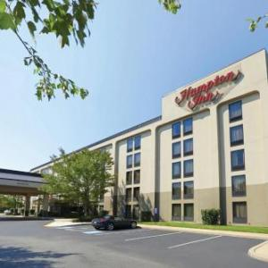Our Pick: Top Rated/Budget near York Expo Center