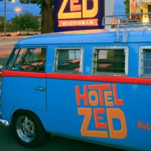 Hotels near Pearkes Recreation Centre - Hotel Zed
