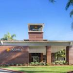 Irvine Lake Hotels - La Quinta Inn & Suites Orange County - Santa Ana