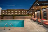 Hilton Garden Inn New Orleans Convention Center Image