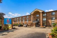 Baymont Inn & Suites Glendale/Milwaukee North Image