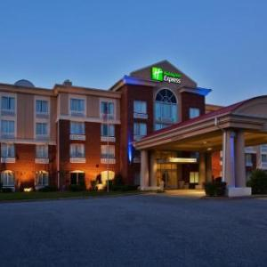 Northview High School Duluth Hotels - Holiday Inn Express Hotel & Suites Atlanta-Johns Creek