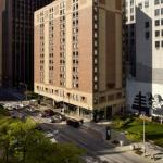 Accommodation near Great Lakes Science Center - Hampton Inn Cleveland-Downtown