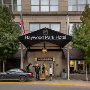 Thomas Wolfe Auditorium Hotels - Haywood Park Hotel