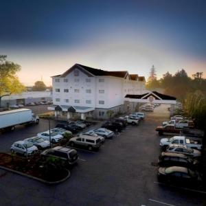 Persimmon Country Club Hotels - GuestHouse Inn & Suites Portland/Gresham