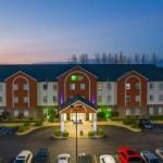 Holiday Inn Express Hotel And Suites Bedford