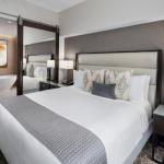 Accommodation near Eleanor Tinsley Park - Jw Marriott Houston Downtown