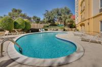 La Quinta Inn & Suites Dallas North Central Image