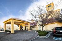 La Quinta Inn And Suites Colorado Springs South Airport Image