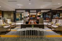 Crowne Plaza Charlotte Executive Park Image