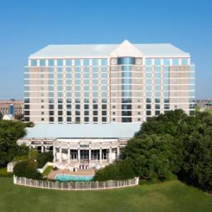 Omni Dallas Park West