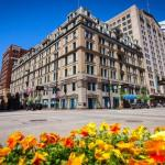 Riverbend Music Center Hotels - The Cincinnatian Hotel
