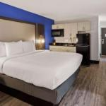 Denver`s Best Inn And Suites