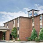 Hotels near Catawba Valley Brewing Co. - Days Inn & Suites - Hickory