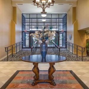 Clarendon Ballroom Hotels - Clarion Collection Arlington Court Suites Hotel