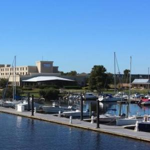 Hotels near Jones County Civic Center - Bridgepointe Hotel & Marina
