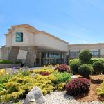 Pitt-Johnstown Sports Center Hotels - Quality Inn And Conference Center