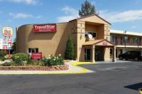 Travelstar Inn & Suites Image