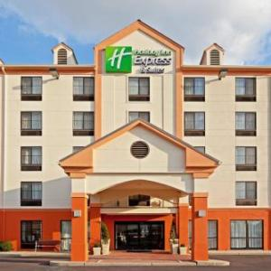 MetLife Stadium Hotels - Holiday Inn Express Hotel & Suites Meadowlands Area