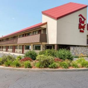 Hotels near Wings Event Center - Red Roof Inn Kalamazoo East