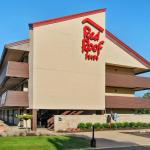Accommodation near Toledo Harley Davidson - Red Roof Inn Toledo University