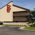 Kent State Fieldhouse Accommodation - Red Roof Inn Akron